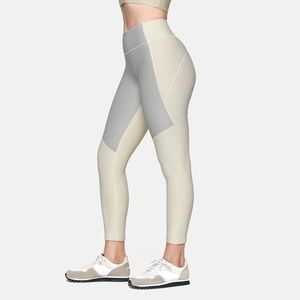 OUTDOOR VOICES • 3/4 two-tone leggings